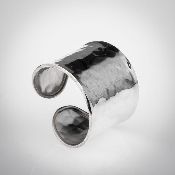 Bracciale anello in argento 925 modello a fascia stile battuto