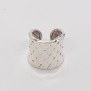 anello in argento a fascia intrecciato donna