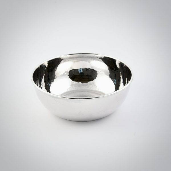 ciotola in argento battuta